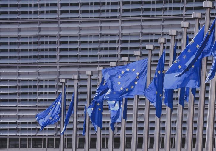 La UE quiere regular el e-commerce