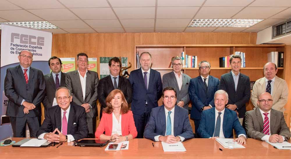 FECE apoya la candidatura de Garamendi para la CEOE