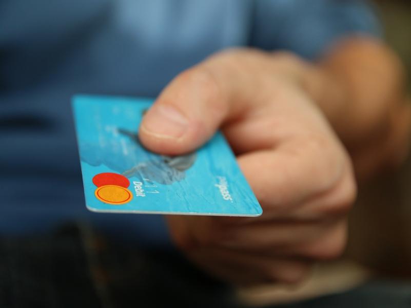 Comprar a plazos puede ser un arma de doble filo.